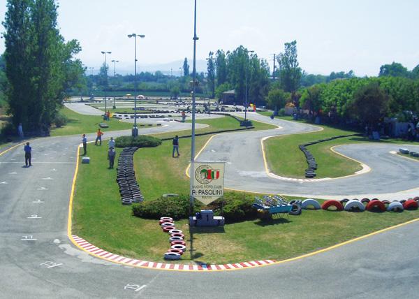 Foto - Pista noleggio go-kart Miramare (RIMINI) da me gestita se vuoi saperne di più sulla mia pista leggi anche questo articoloLa pista Miramare
